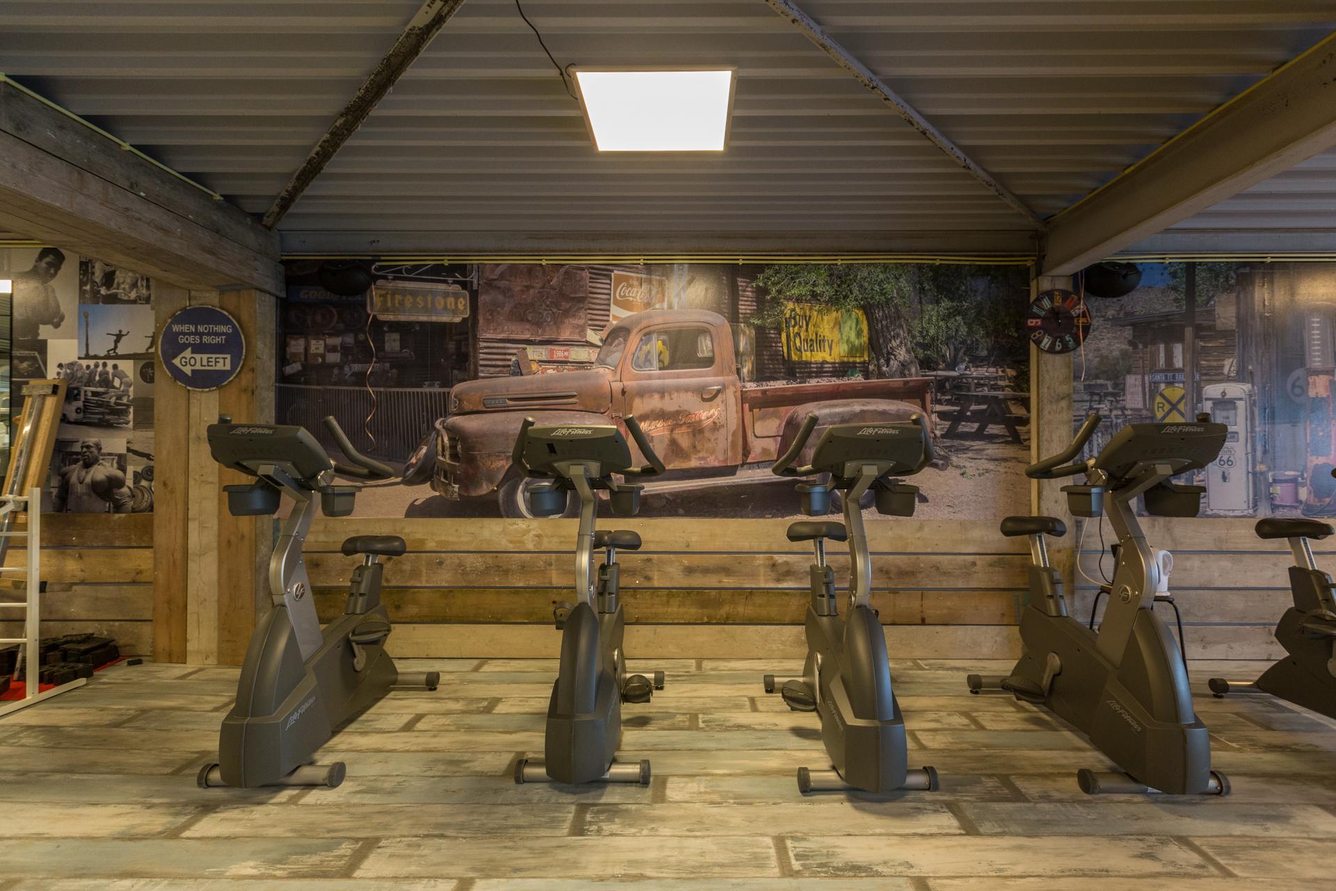 fitnesscentremetamorfose.nl - Bikes